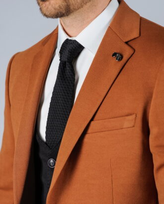 Приталенный пиджак в светло-коричневом цвете. Арт.:2-101-1