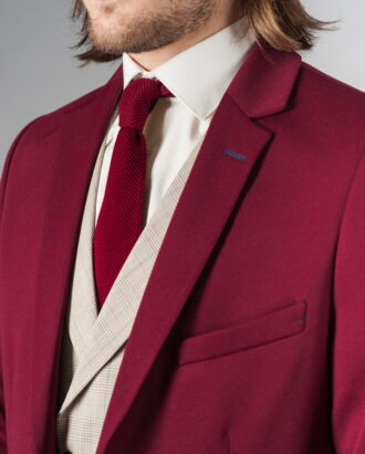 Малиновый мужской приталенный пиджак. Арт.:2-233-2