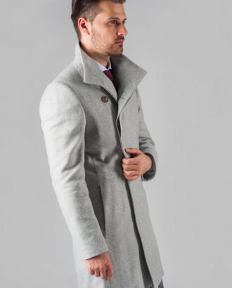 Демисезонное пальто светло-серого цвета