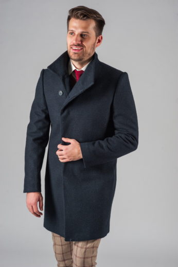 Демисезонное приталенное пальто с асимметричным бортом детали