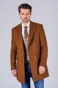 Двубортное пальто цвета camel_02