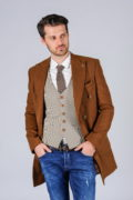 Двубортное пальто цвета camel_04