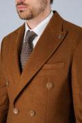Двубортное пальто цвета camel_10