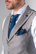 Однобортная жилетка серого цвета. Арт.:3-234-3