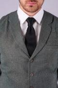 Стильный жилет серого цвета_4