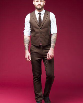 Двойка коричневого цвета (жилет и брюки). Арт.:4-453-5