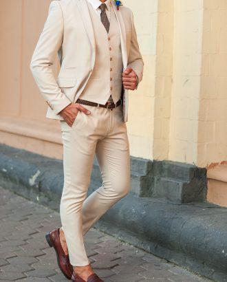 Бежевый мужской костюм-тройка. Арт.:4-508-3