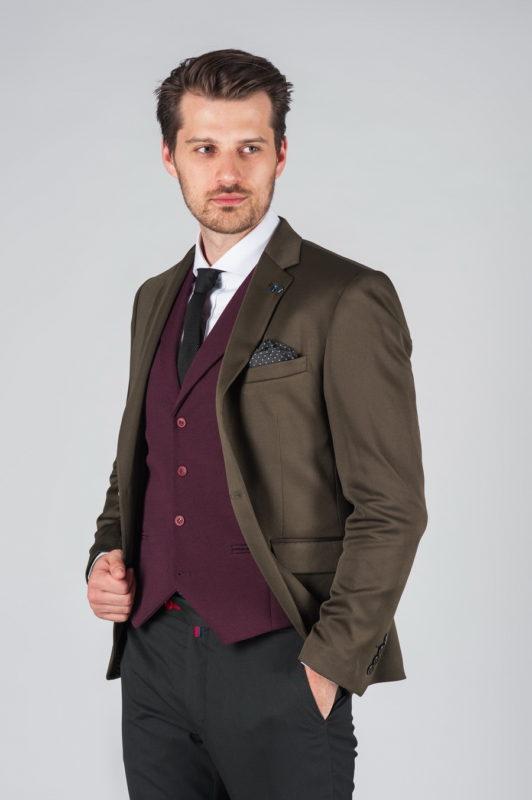 Приталенный пиджак коричневого цвета. Арт.:2-002-1