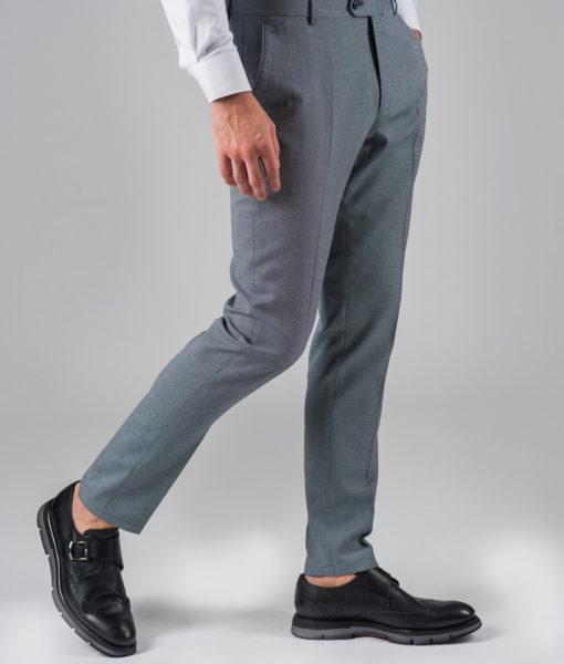 Зауженные брюки серого цвета