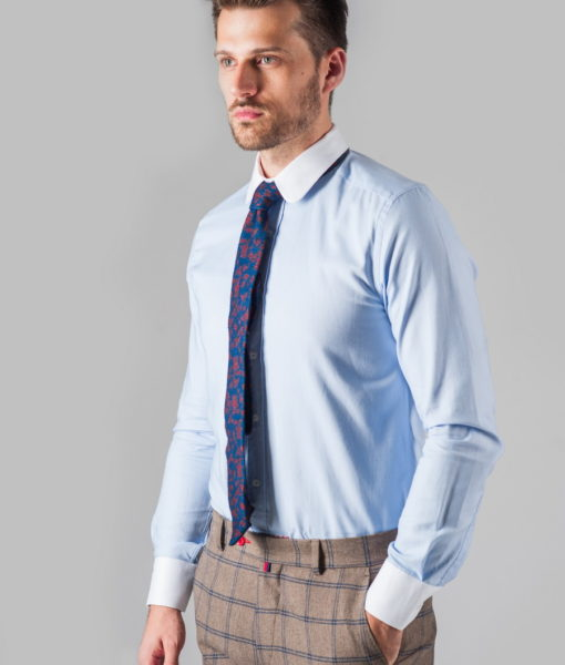 Приталенная мужская рубашка с манжетами