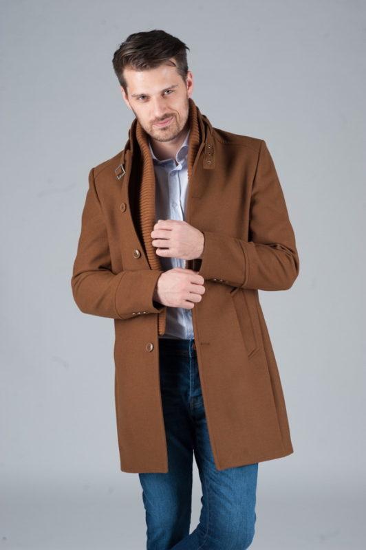 Мужское пальто с воротником стойкой. Арт.:1-246-1