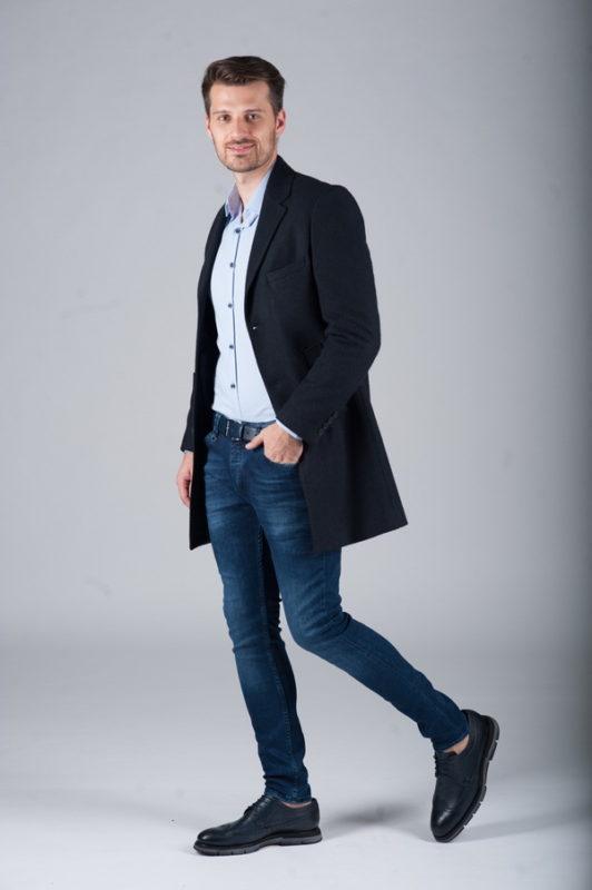 Приталенное пальто чернильного цвета. Арт.:1-268-2