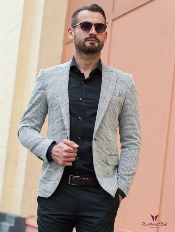 Серый приталенный пиджак в клетку. Арт.:2-409-6
