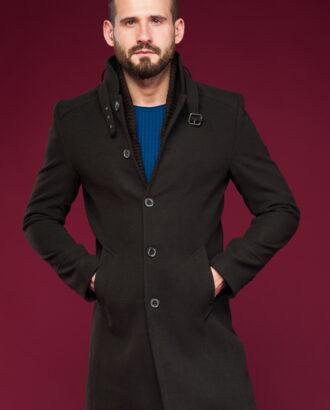 Мужское пальто с воротником стойка