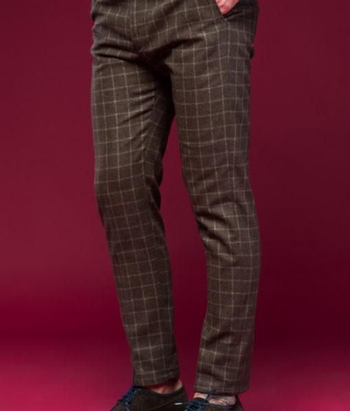Клетчатые брюки коричневого цвета!