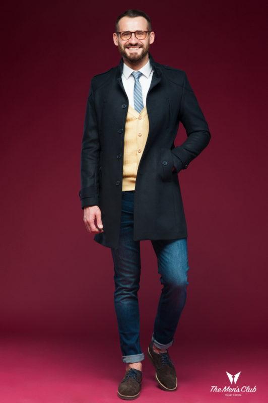 Черное пальто с воротником-стойкой. Арт.:1-444-1
