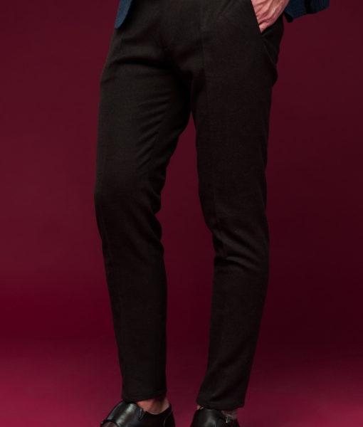 Укороченные брюки темного цвета