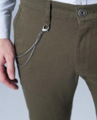 Зауженные брюки цвета хаки