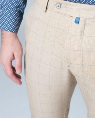 Модные брюки в тонкую клетку