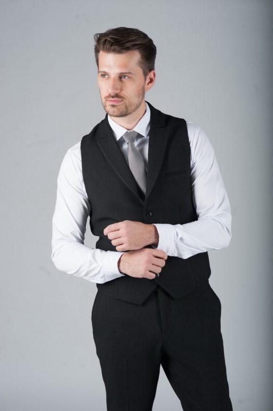 Костюм-двойка черного цвета (Жилет и брюки). Арт.:4-270-1