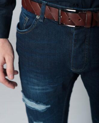 Стильные «рваные» джинсы slim fit