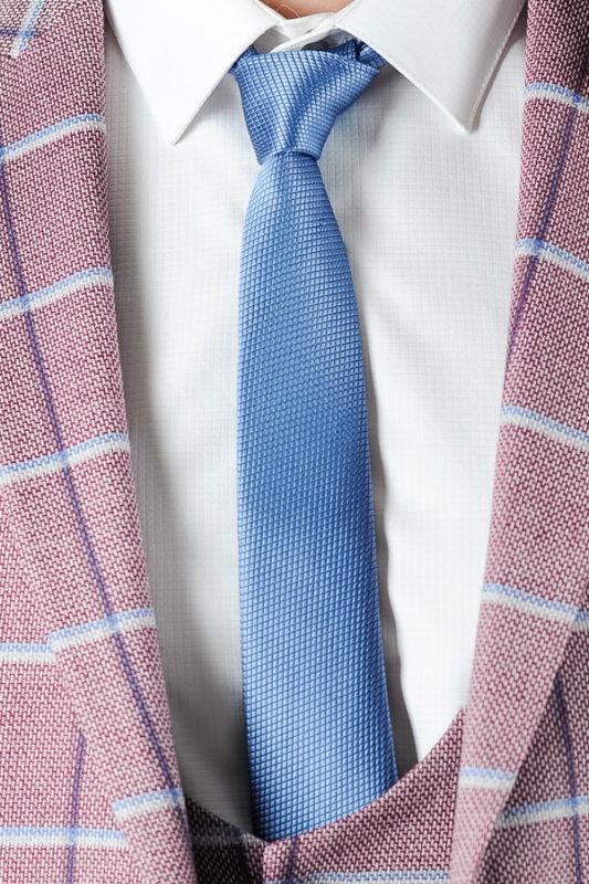 Узкий галстук голубого цвета. Арт.:10-46