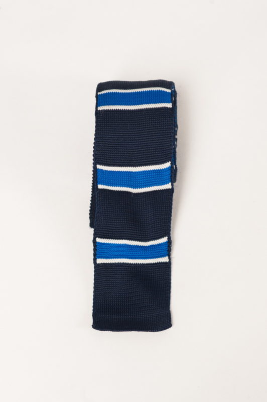 Вязанный галстук с горизонтальными полосками. Арт.:10-19