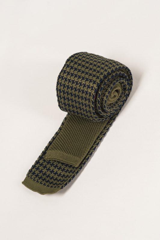 Вязанный галстук с сине-зелены узором. Арт.:10-28