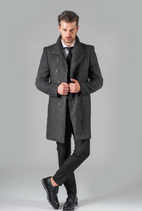 Как выбрать мужское пальто на осень?