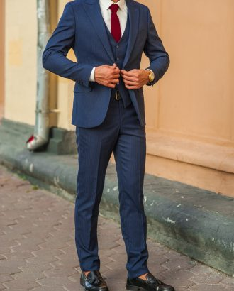 fa7be57e3efb Мужские костюмы тройка - купить в Москве