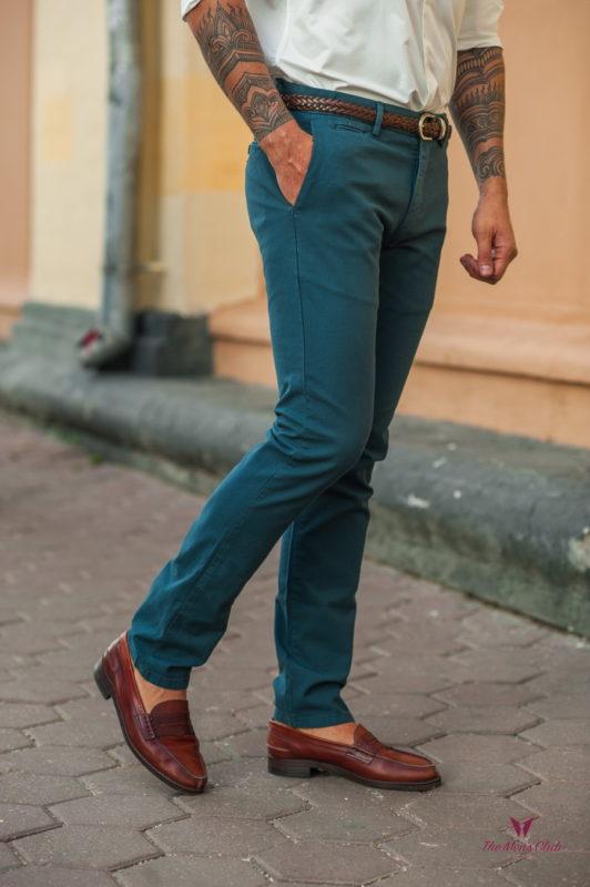 Мужские брюки без стрелок зеленого цвета. Арт.:6-536-2
