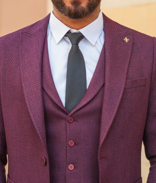Мужской костюм из пиджака и жилета бордового цвета. Арт.:4-537-5
