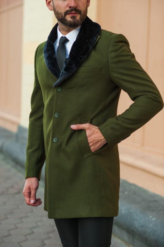 Мужское пальто зеленого цвета. Арт.:1-516-1