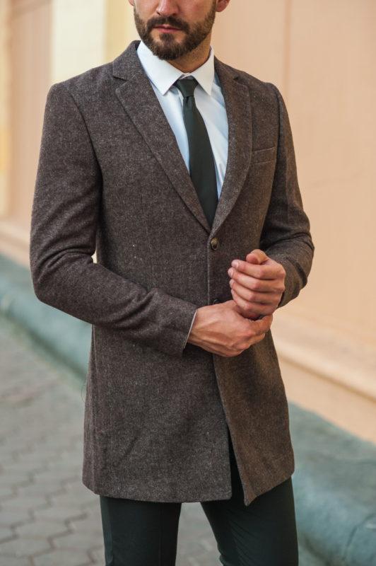 Коричневое мужское пальто приталенного кроя. Арт.:1-520-3