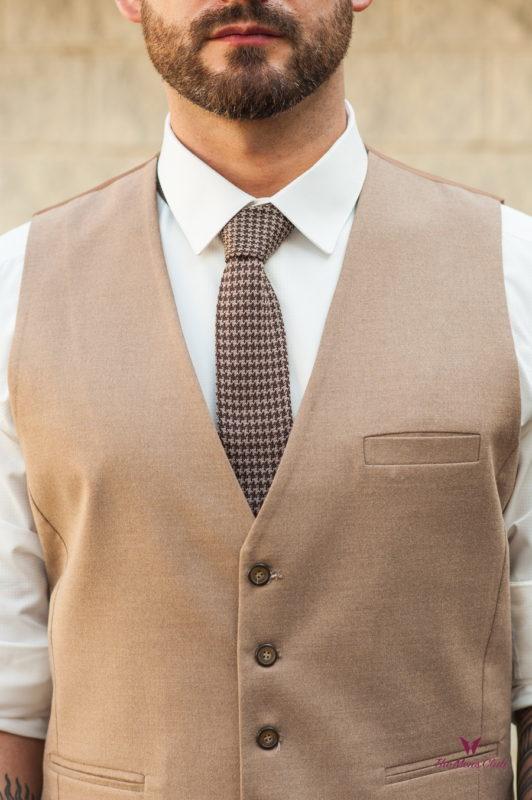 Классический мужской жилет бежевого цвета. Арт.:3-571-8