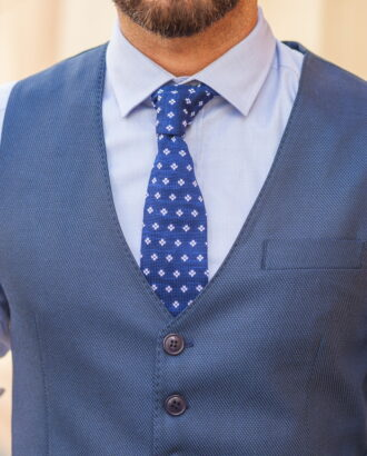 Мужской жилет синего цвета. Арт.:3-547-3