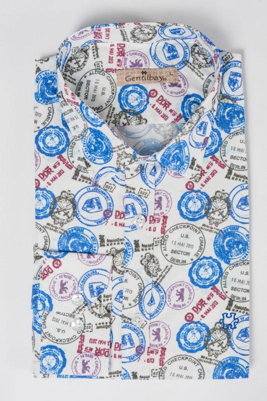 Приталенная рубашка с принтом в виде печатей. Арт.:5-517-26