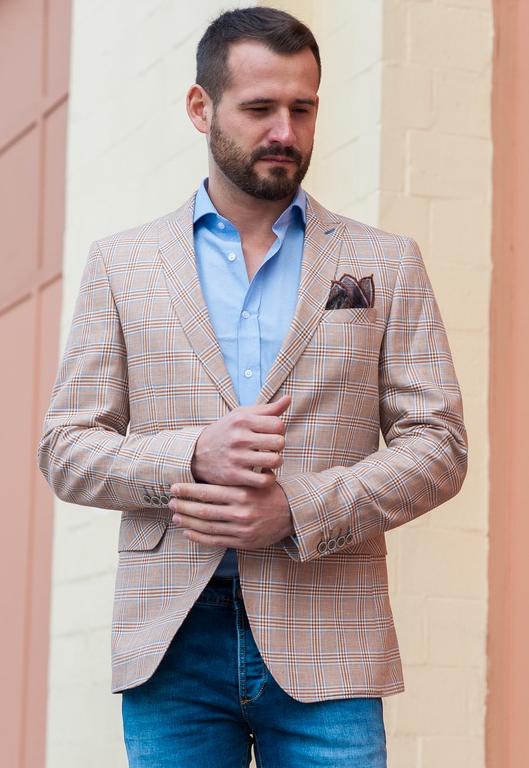 Как выбрать пиджак под джинсы: секреты правильного стиля