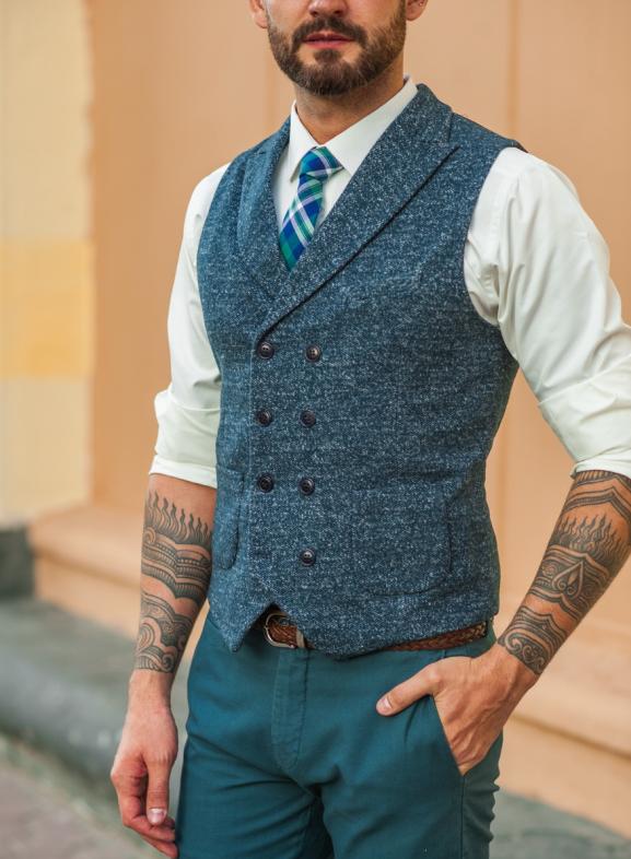 Мужской жилет – стильный и универсальный предмет гардероба