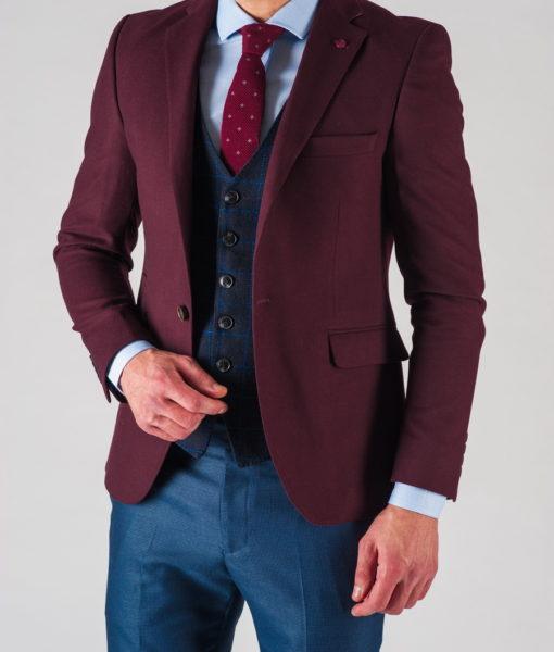 Приталенный мужской пиджак бордового цвета. Арт.:2-608-3