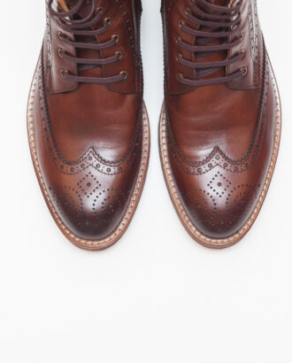 Зимние брогированные ботинки коричневого цвета. Арт.:14-609