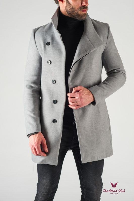 Светлое мужское пальто с косым бортом. Арт.:1-617-1