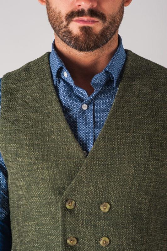 Зелёная двубортная мужская жилетка. Арт.:3-702-3