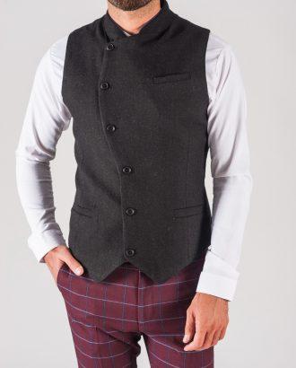Чёрная мужская жилетка с косым бортом. Арт.:3-711-3