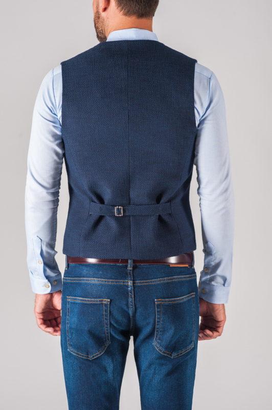 Синяя двубортная жилетка из фактурной ткани. Арт.:3-712-3