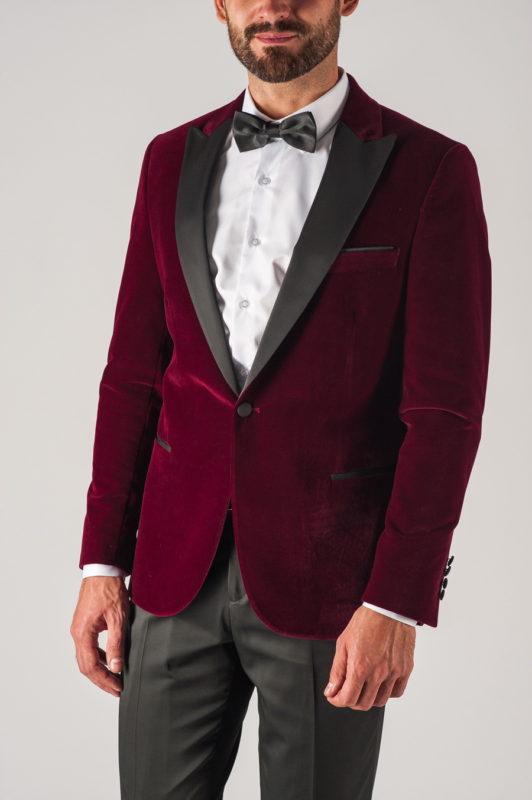 Яркий мужской костюм бордового цвета. Арт.:4-738-5
