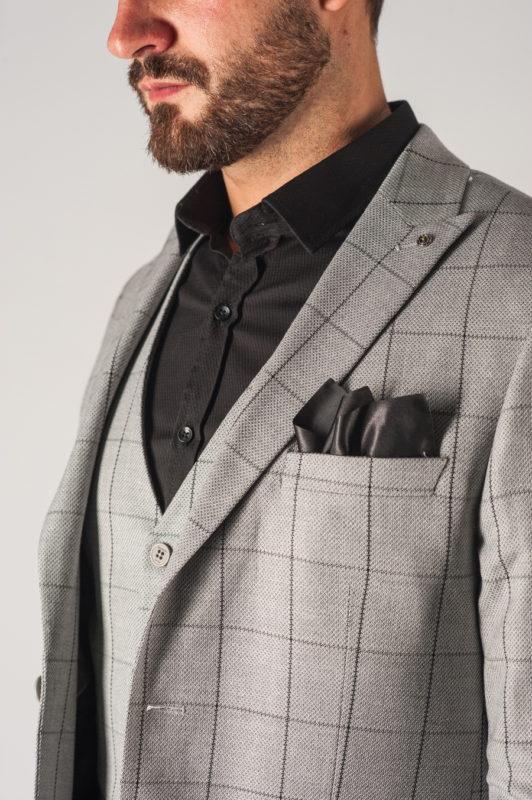 Мужской костюм-тройка серого цвета в клетку. Арт.:4-750-1