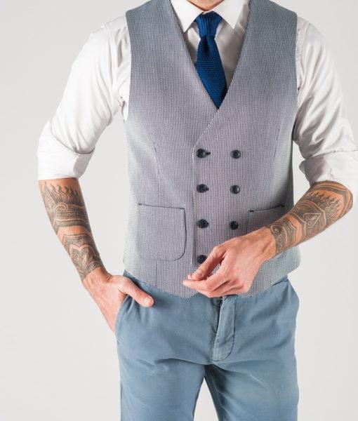 Мужская жилетка светлого цвета. Арт.:3-802-3