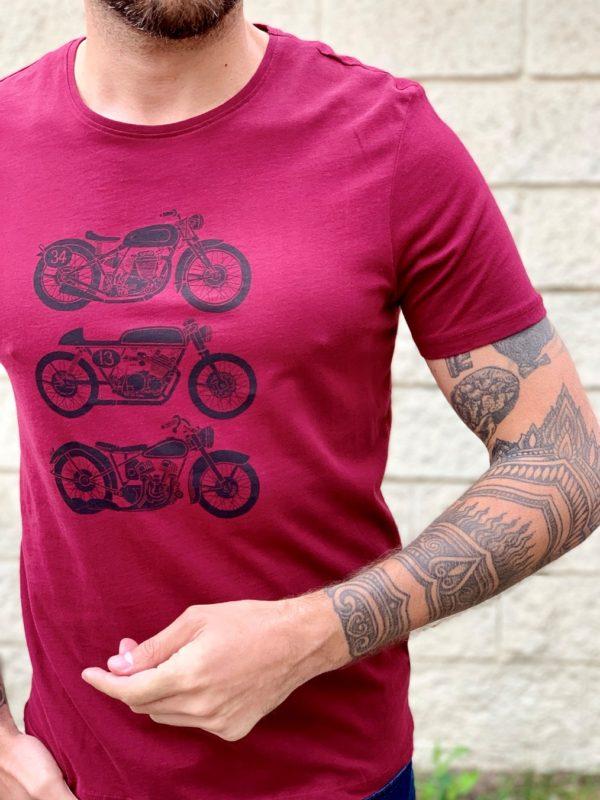 Мужская футболка бордового цвета. Арт.:16-006