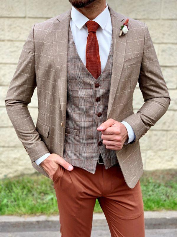 Стильный мужской костюм-тройка в коричневых цветах. Арт.:4-1051-3